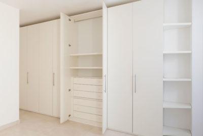 Распашной шкаф РШ-001