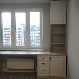 Шкаф с рабочим местом 00167