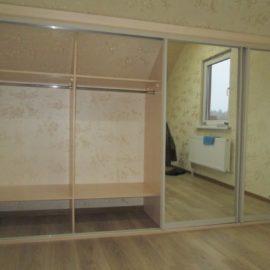 Шкаф под мансарду 00195
