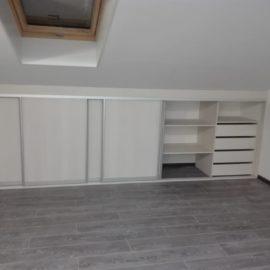 Шкаф под мансарду 00200